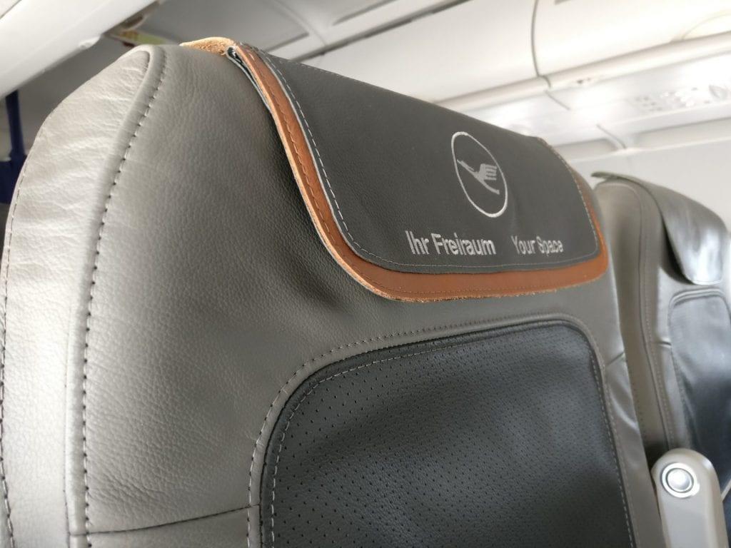 Lufthansa Business Class Mittelstrecke Sitz 2