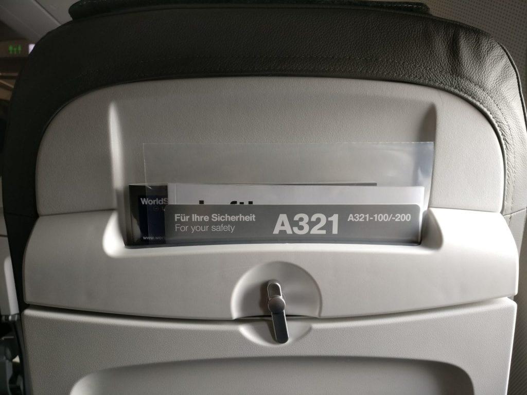 Lufthansa Business Class Mittelstrecke Sitz 5