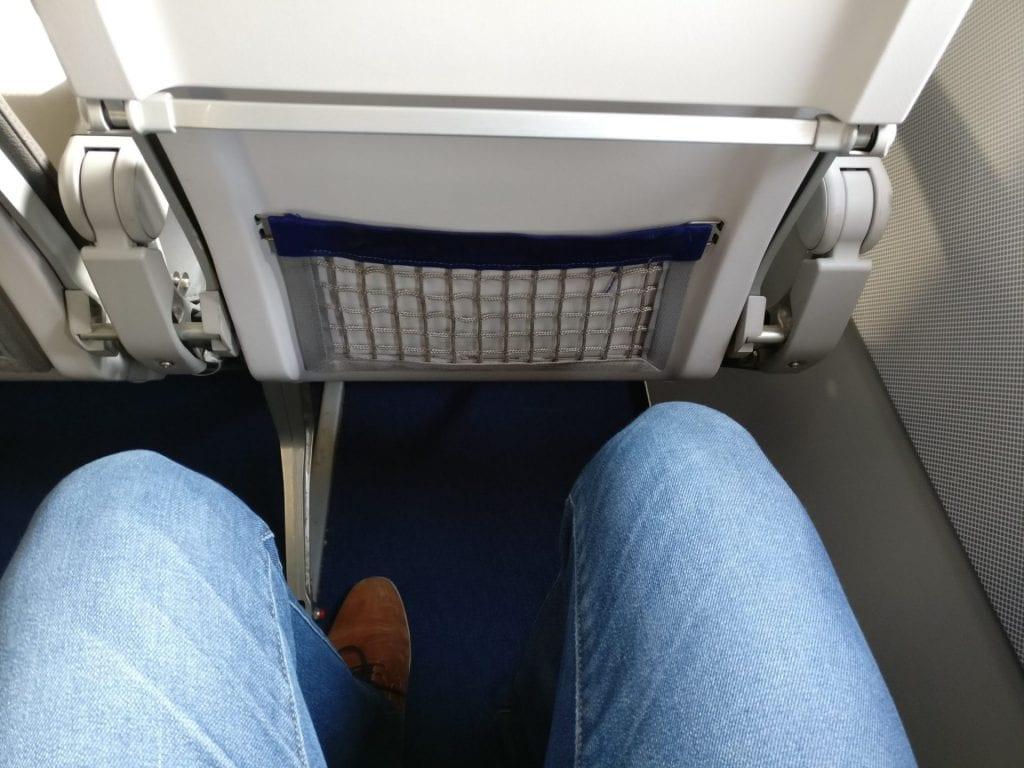 Lufthansa Business Class Mittelstrecke Sitzabstand