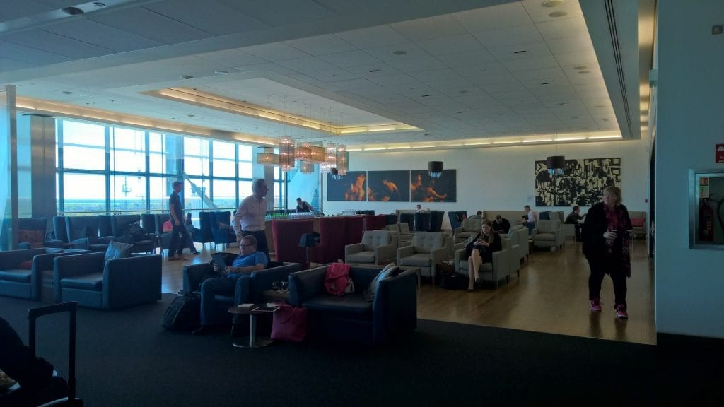 british airways first class lounge london sitzgelegenheiten