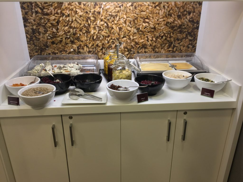 hampton by hilton krakau frühstück 10