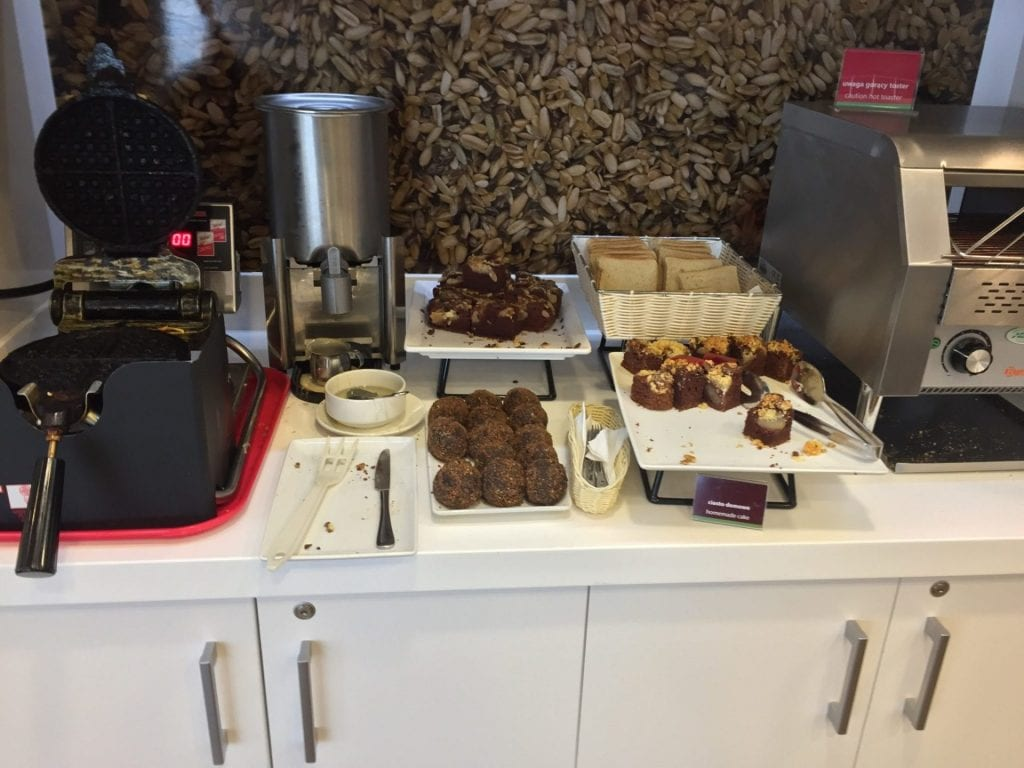 hampton by hilton krakau frühstück 3