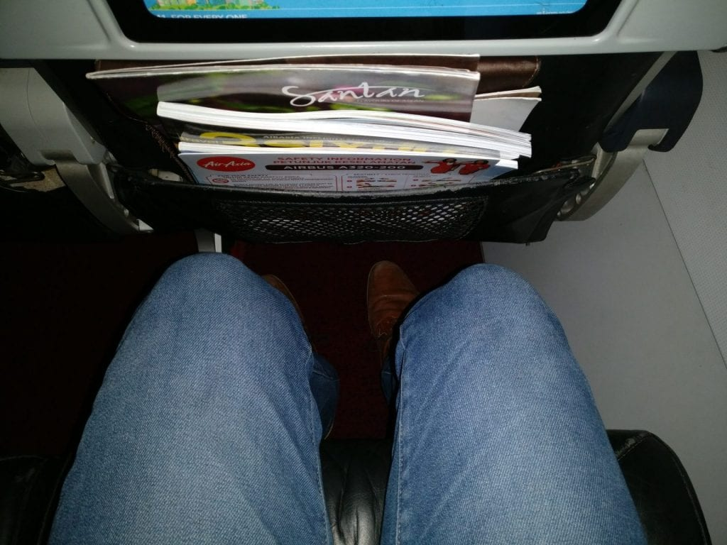 Air Asia Airbus A320 Seat Pitch 2