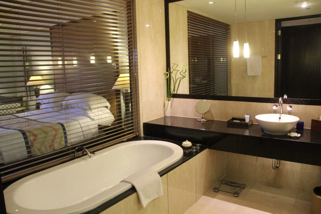 Conrad Bali King Oceanfront Room Bathroom