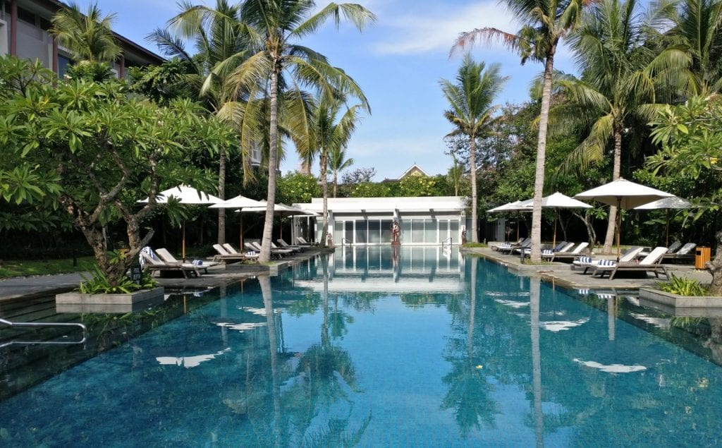 Hilton Garden Inn Bali Airport Pool