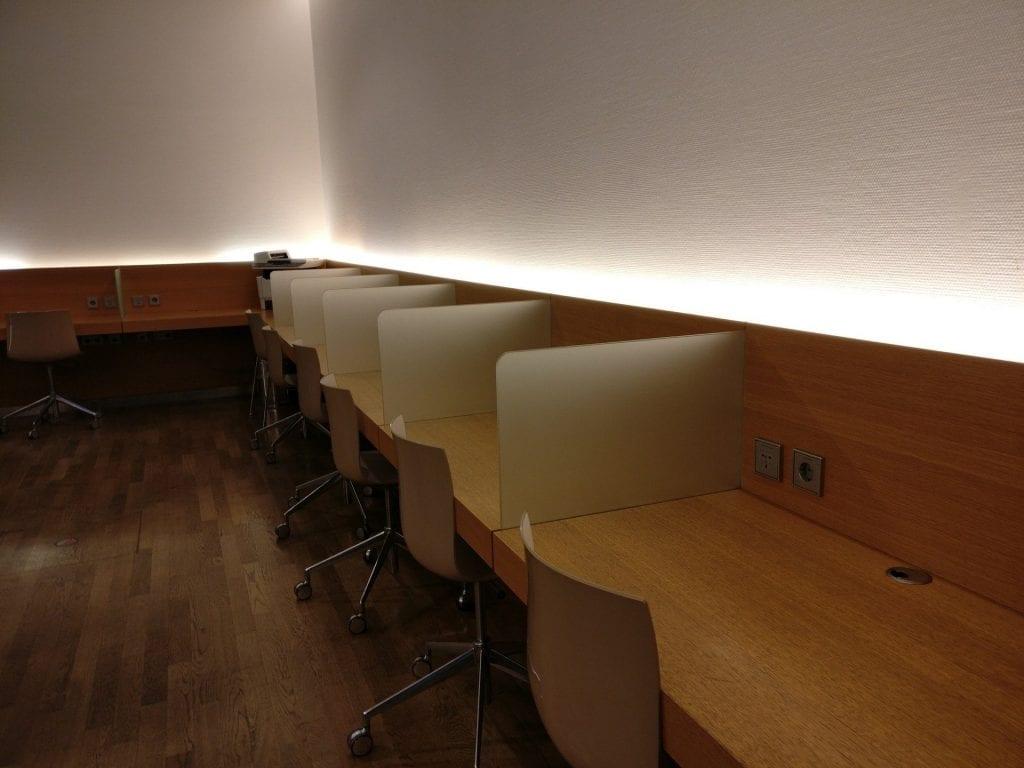Lufthansa Business Lounge Schengen G28 München Arbeitsbereich 1