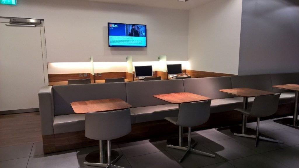 Lufthansa Senator Lounge München Schengen G24 Arbeitsbereich