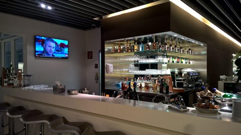 Lufthansa Senator Lounge München Schengen G24 Barista Bar