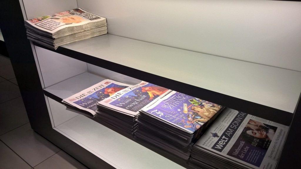 Lufthansa Senator Lounge München Schengen G24 Zeitungen