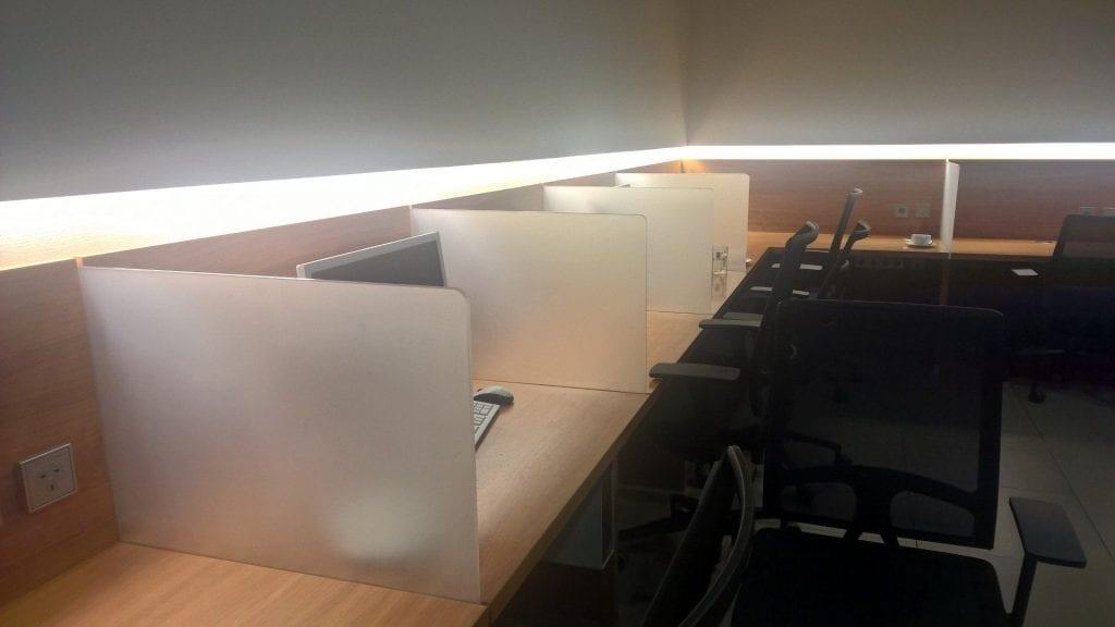 Lufthansa Senator Lounge München Schengen G28 Arbeitsbereich 2