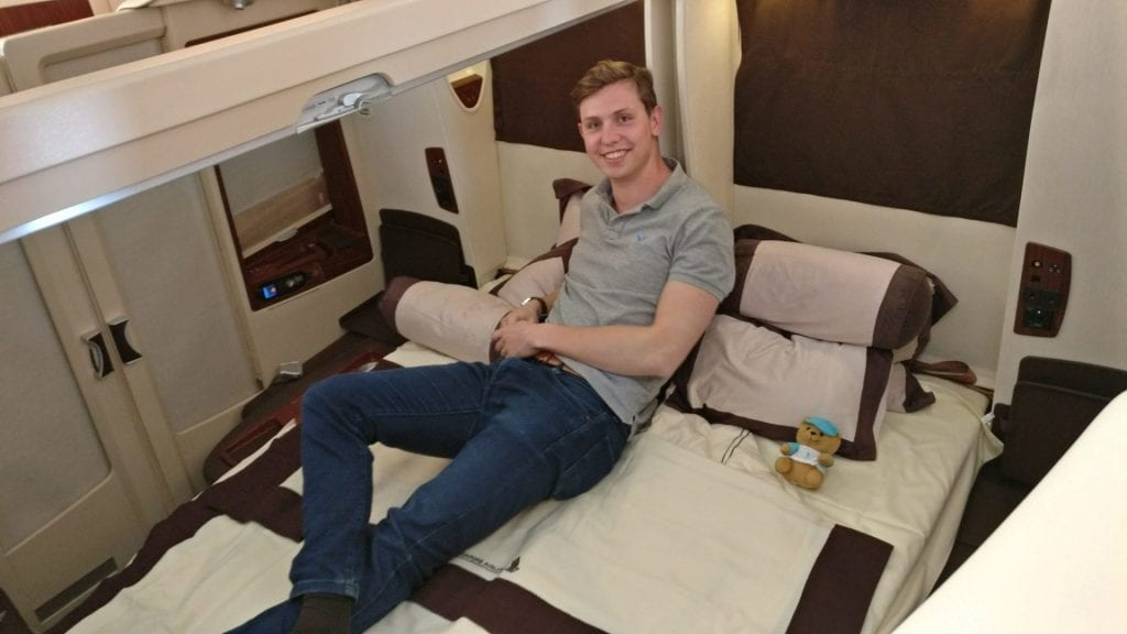 Moritz in der Singapore Airlines Suites Class A380 Doppelbett