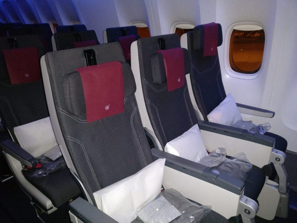 Qatar Airways Economy Class Boeing 777 Seating 6