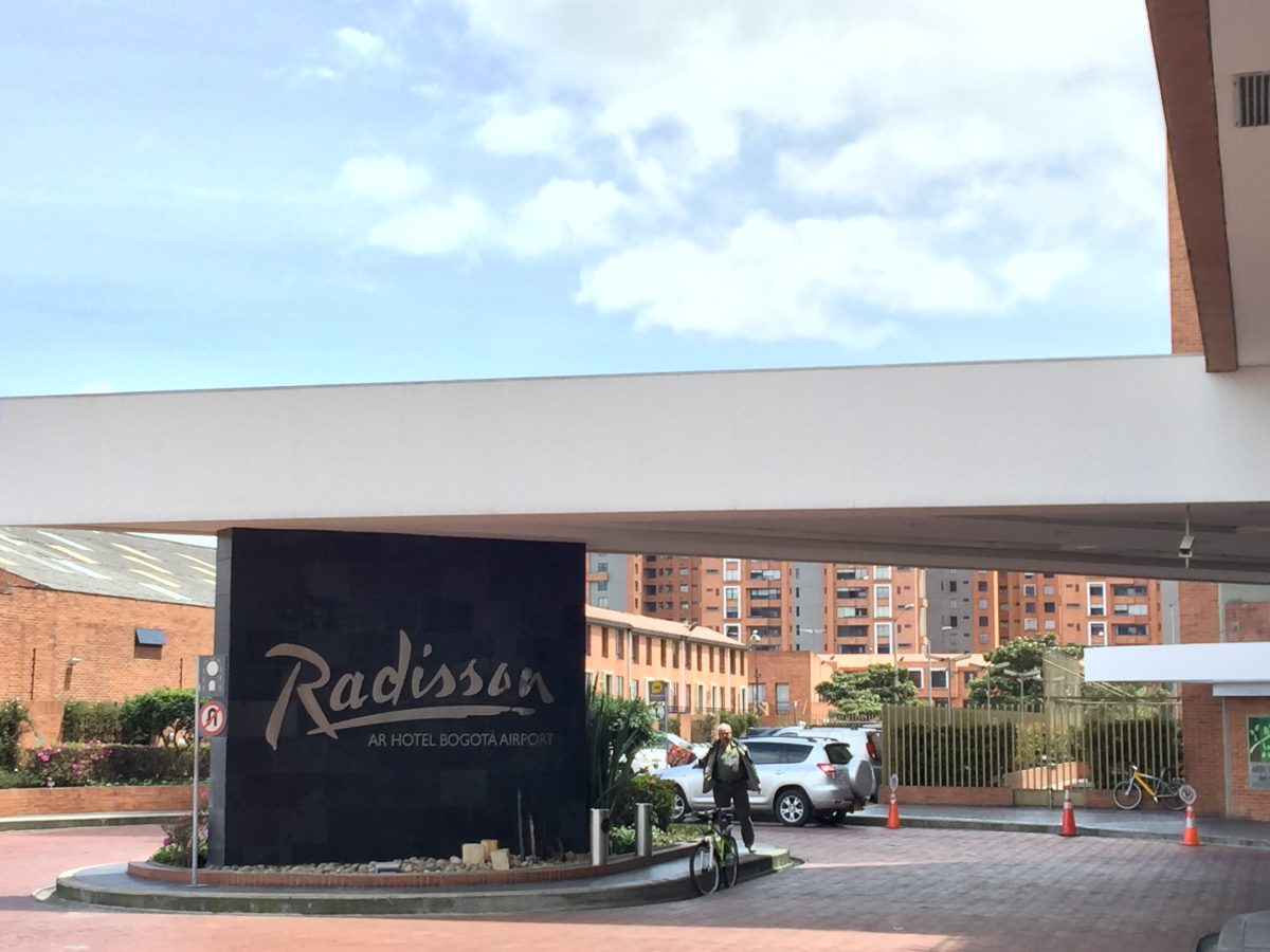 Radisson Bogota Airport Eingang