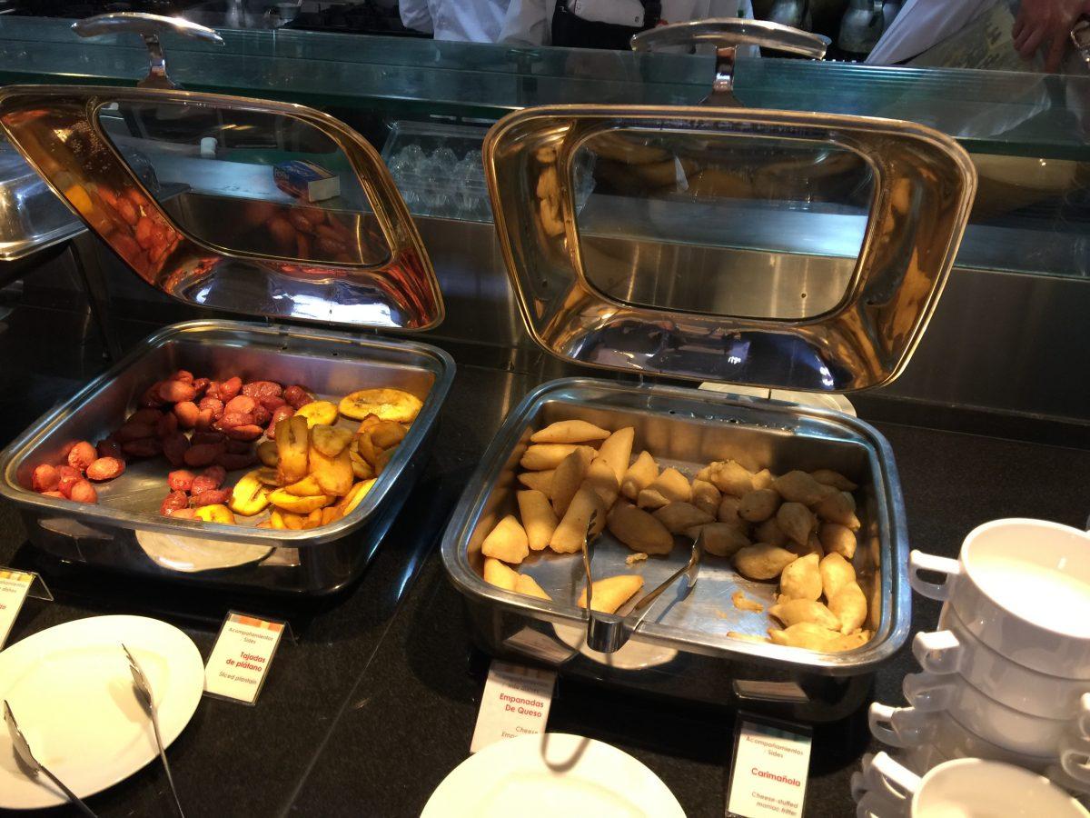 Radisson Bogota Airport Restaurant Frühstück 4