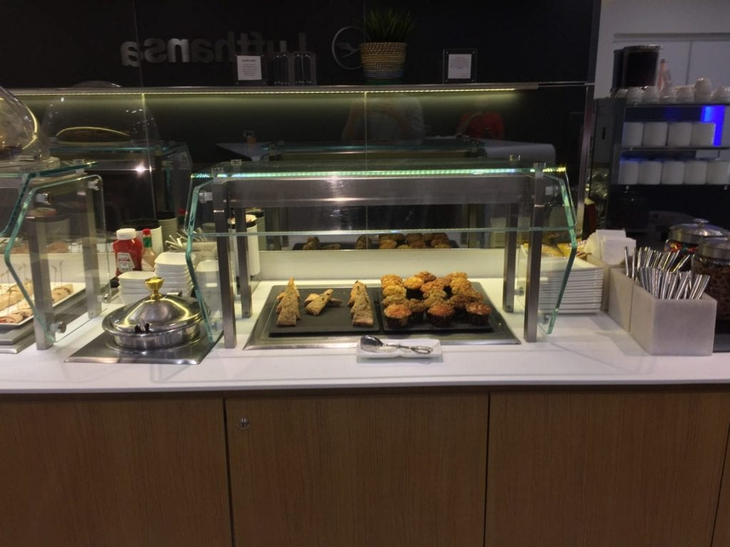 lufthansa business lounge newark buffet 1