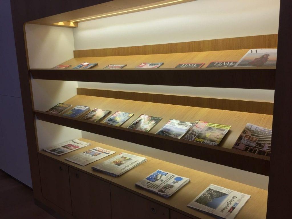 lufthansa senator lounge newark magazine