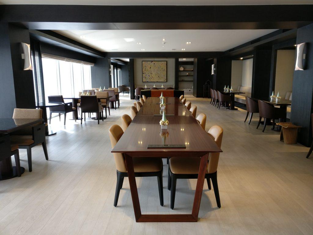 Conrad Manila Excecutive Lounge 3