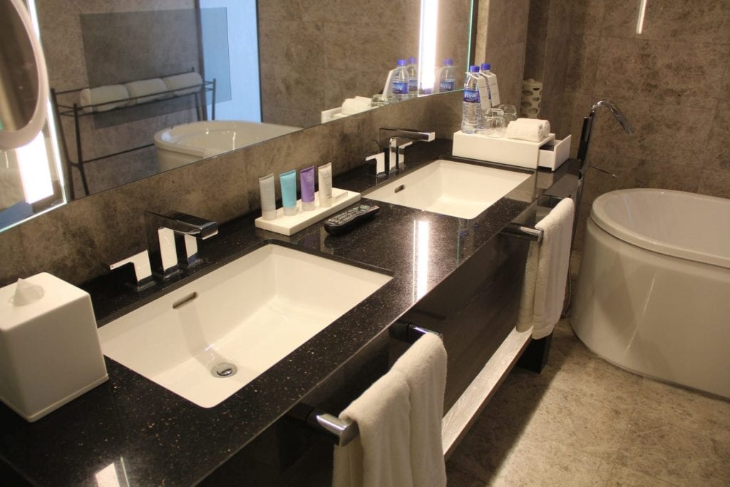 Conrad Manila King Premier Suite Bathroom 5