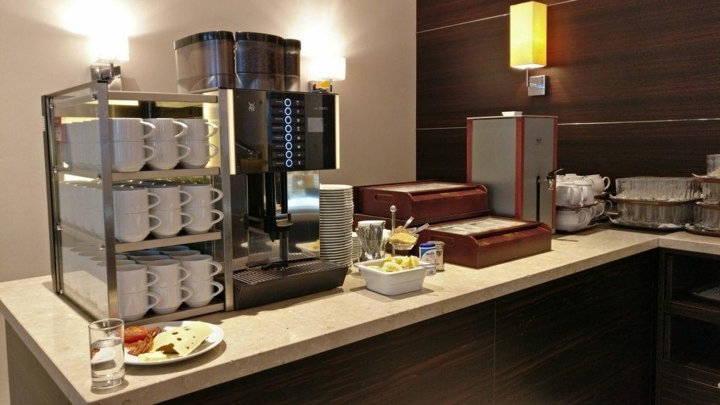 Hotel Pullman Dresden Newa Frühstück Buffet Kaffee
