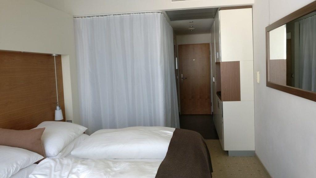 Hotel Pullman Dresden Newa Zimmer Vorhang