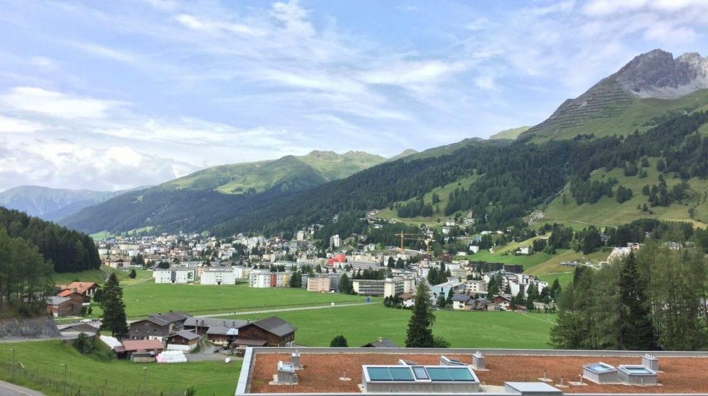 InterContinental Davos Balkon Aussicht