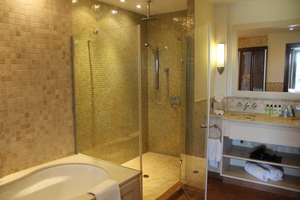 InterContinental Mar Menor Presidential Suite Bathroom