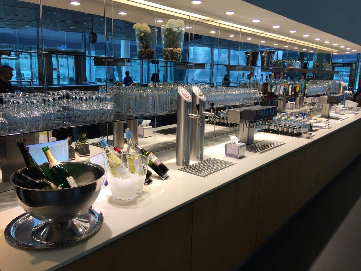 Lufthansa Business Lounge B44 Getränke