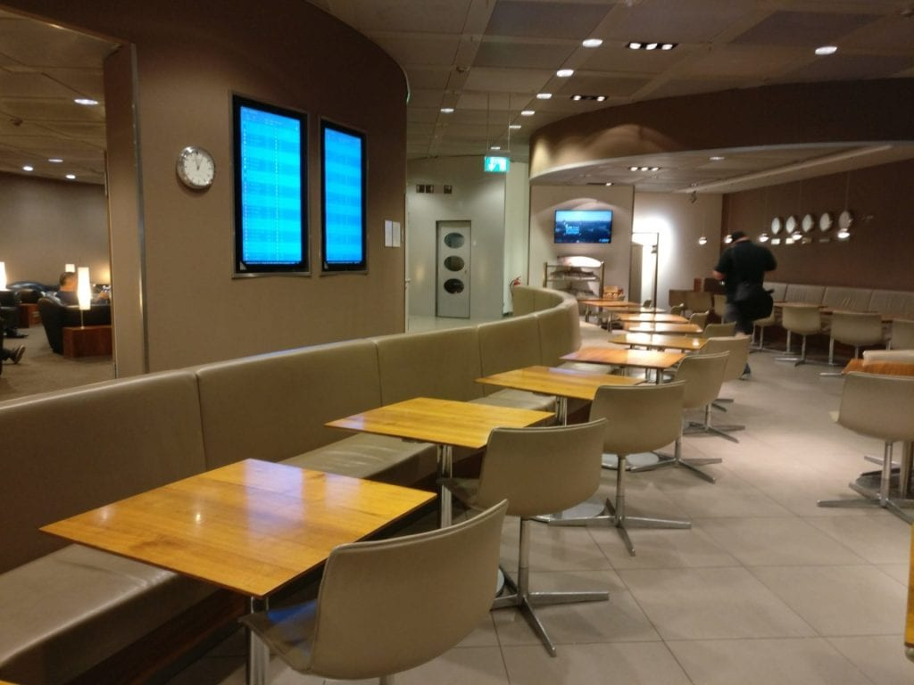 Lufthansa Senator Lounge G28 München 3