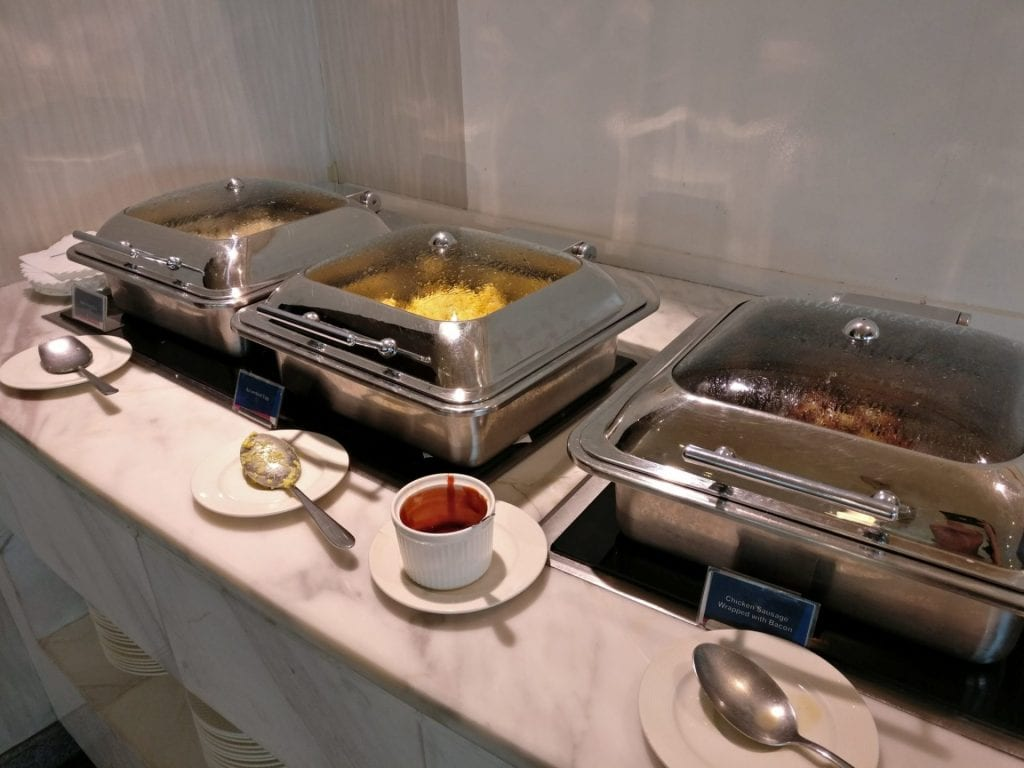 Philippine Airlines Mabuhay Lounge Manila Buffet 5