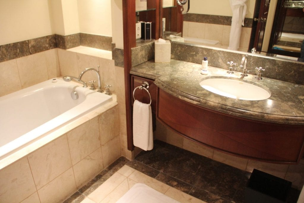 The Peninsula Manila Club Room Bathroom