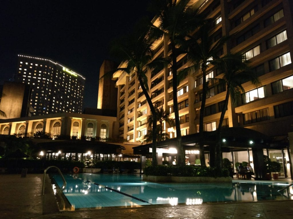 The Peninsula Manila Pool 6