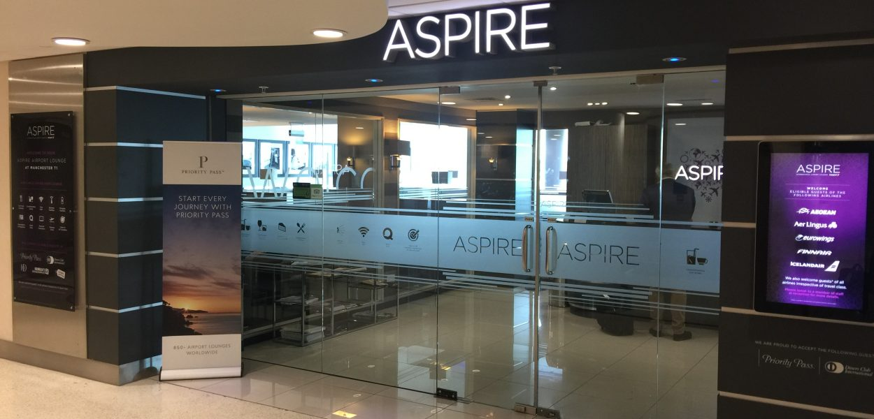 Aspire Lounge Manchester Airport Eingang