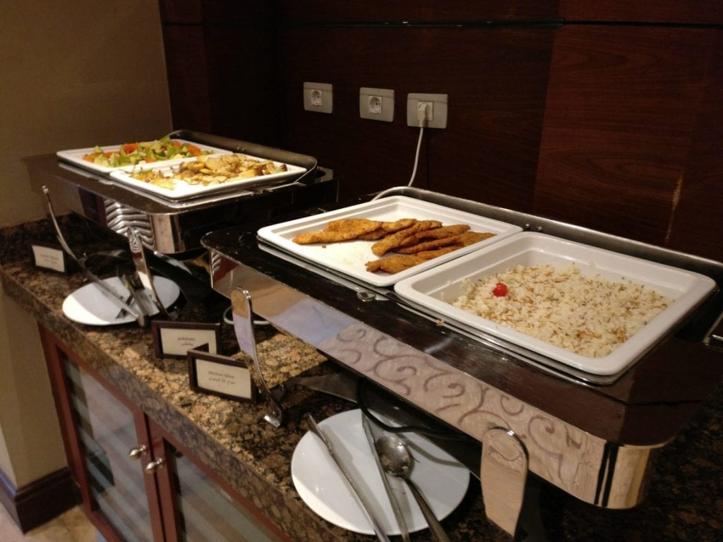 Hilton Alexandria King's Ranch Executive Lounge Food 3