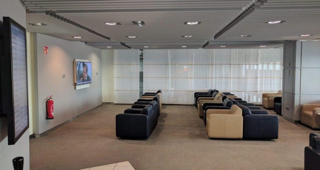 Lufthansa Business Lounge Düsseldorf Relaxbereich