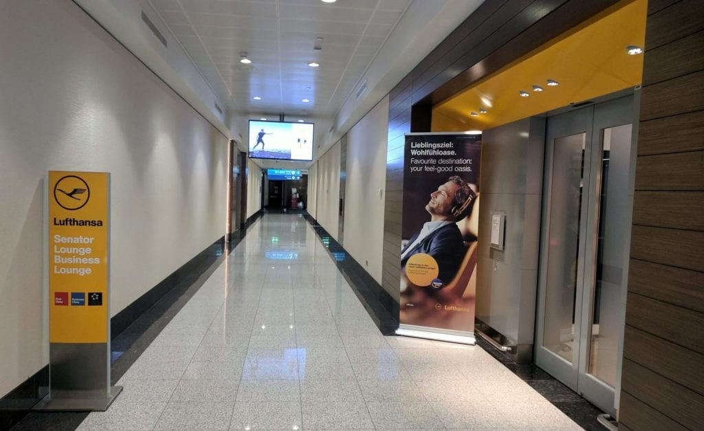Lufthansa Senator Lounge Dubai Eingang