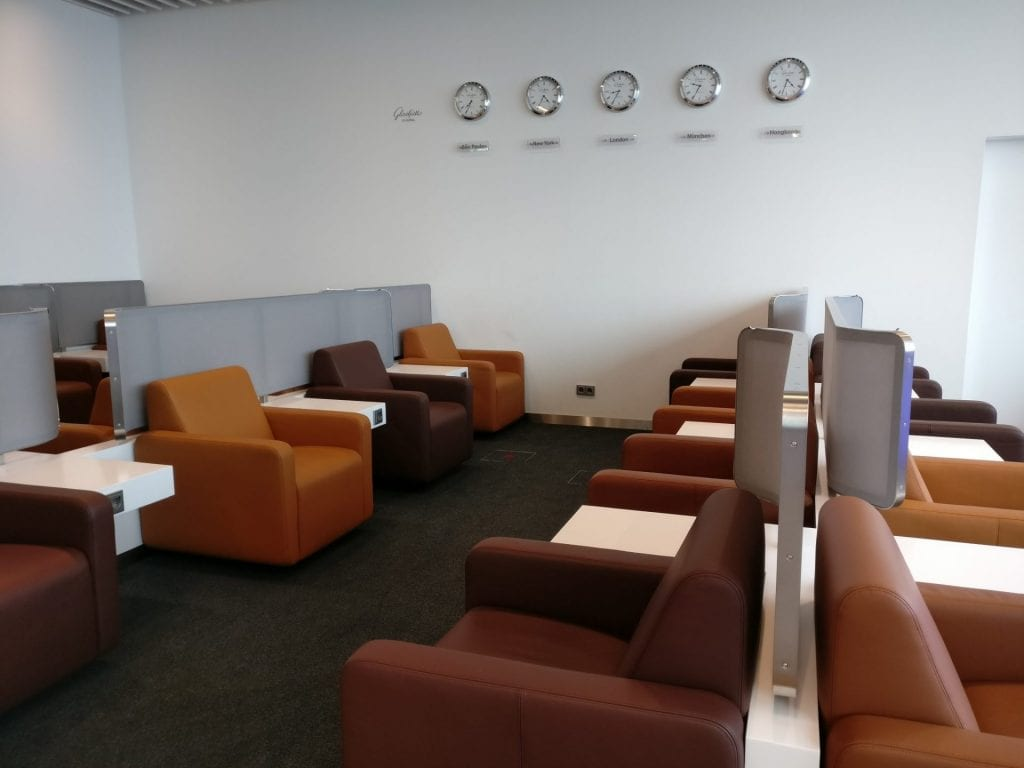 Lufthansa Senator Lounge Munich L11 Seating 8