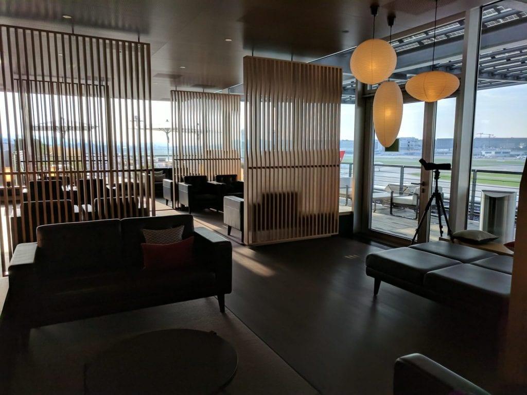 Swiss First Class Lounge Zürich E