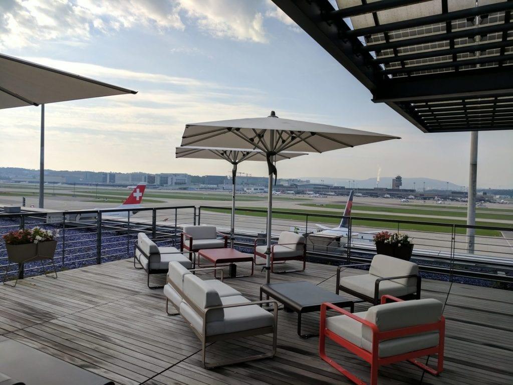 Swiss First Class Lounge Zürich E Terrasse (3)