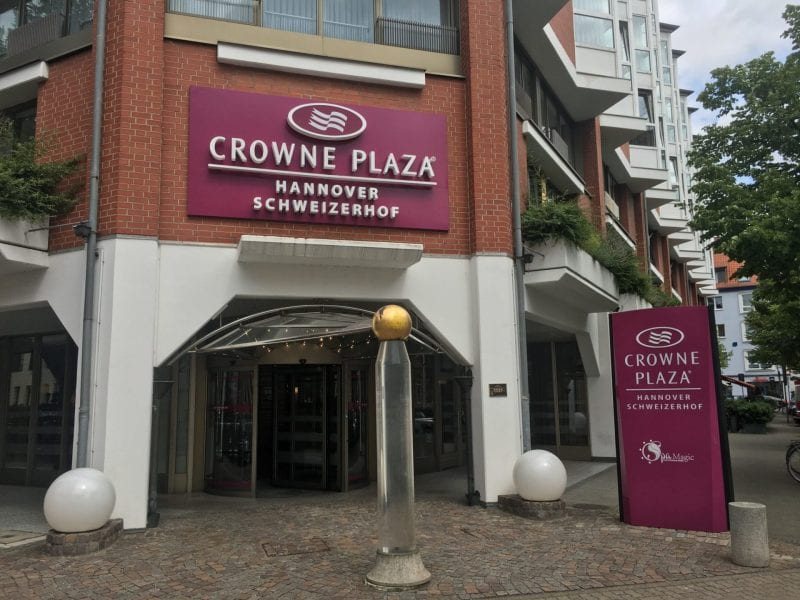 crowne plaza hannover außen