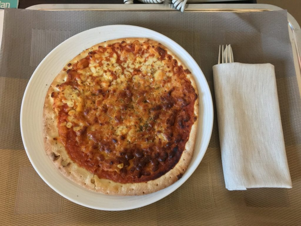 crowne plaza milan city pizza