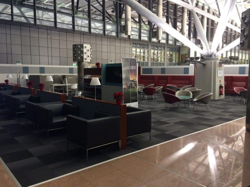 hamburg airport lounge hinterer bereich