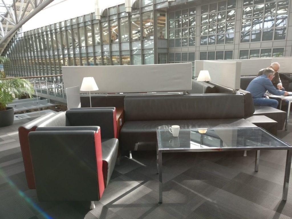hamburg airport lounge sitze