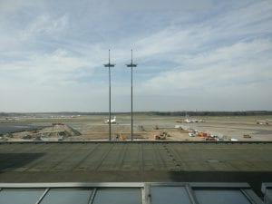 hamburg airport lounge view
