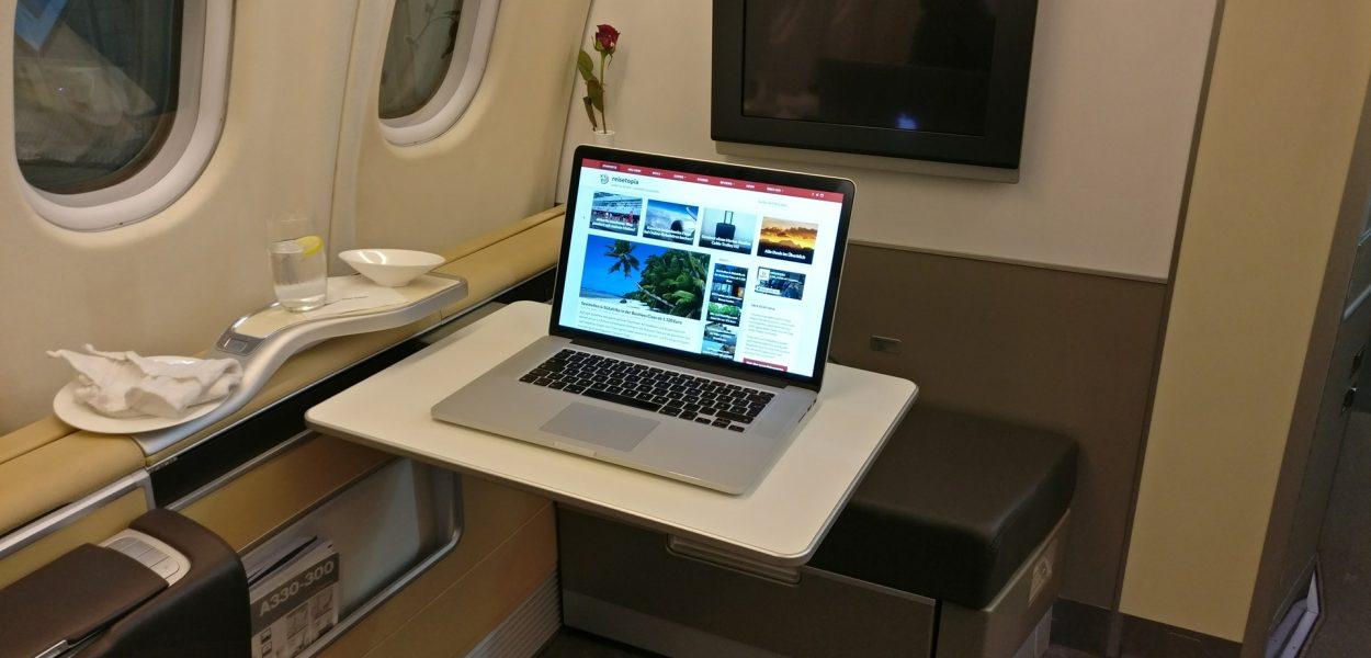 reisetopia Laptop Lufthansa First Class 2