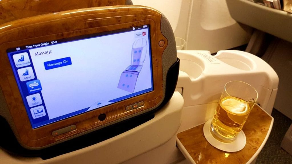 Emirates Business Class Boeing B777 Seat1