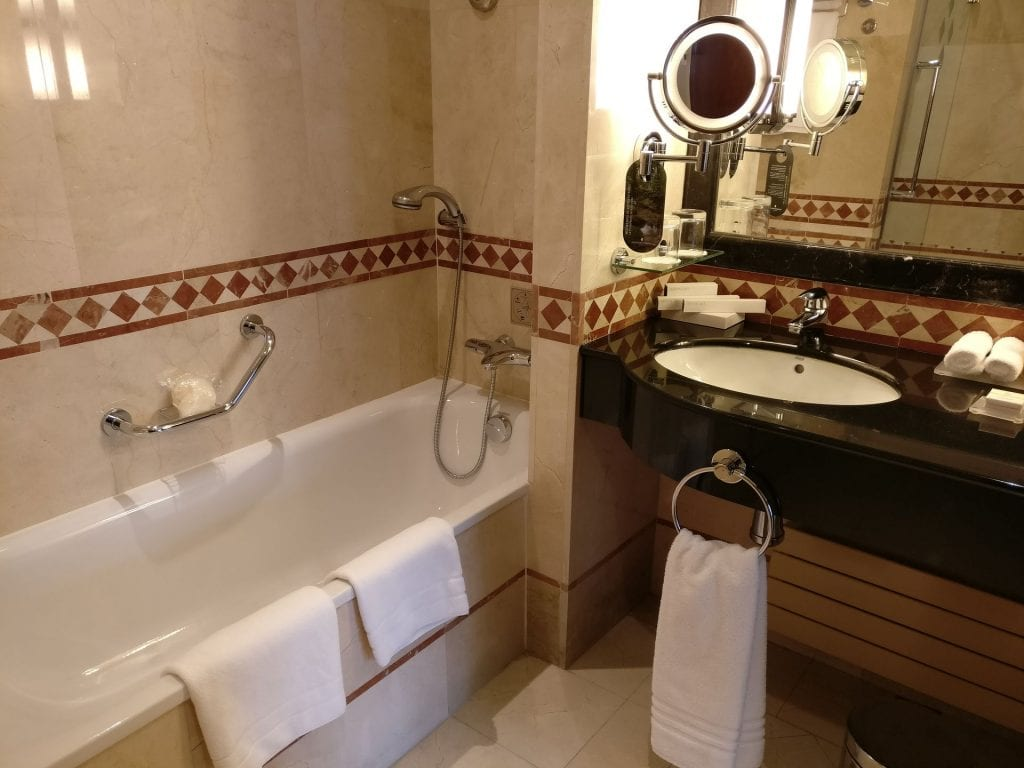 InterContinental Madrid Premium Suite Bathroom 4