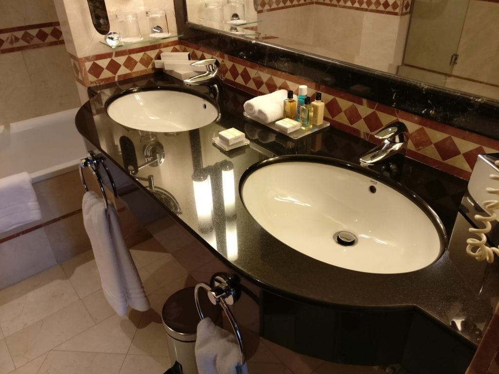 InterContinental Madrid Premium Suite Bathroom 8