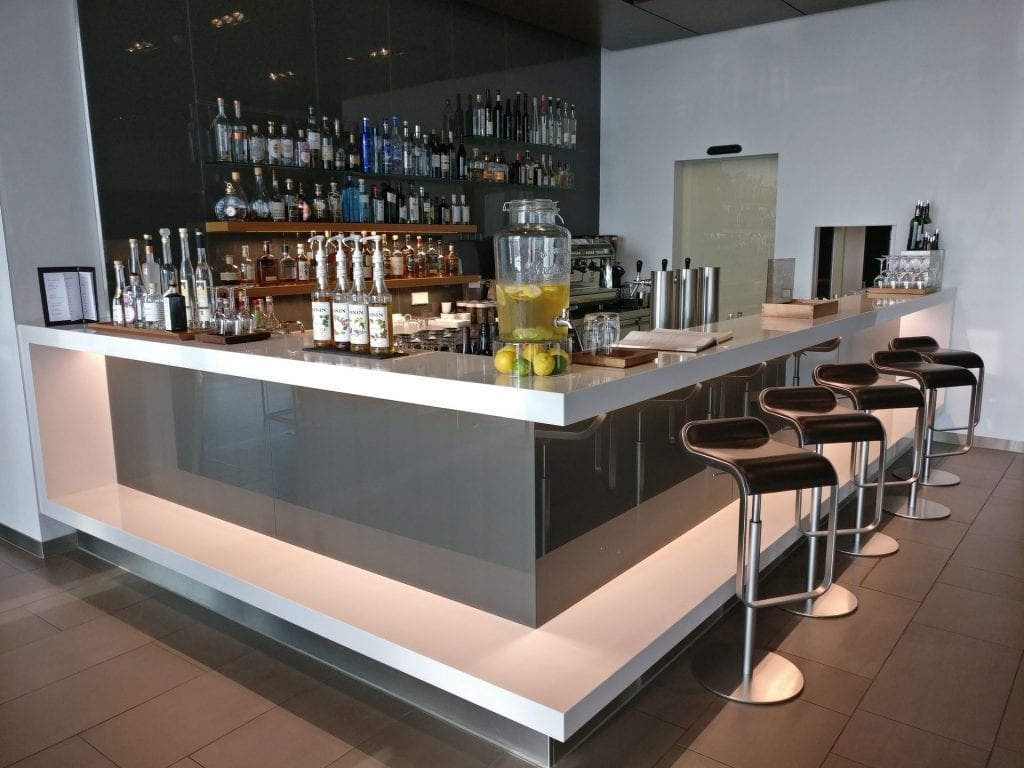 Lufthansa First Class Lounge Munich Bar 2