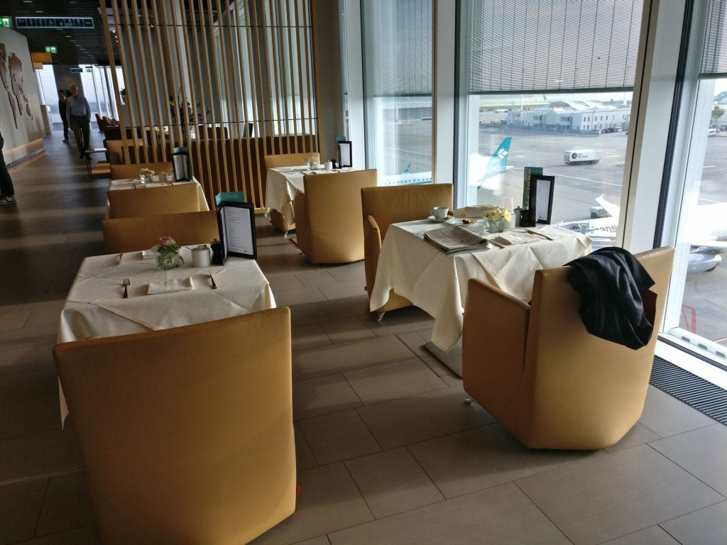 Lufthansa First Class Lounge Munich Restaurant 2