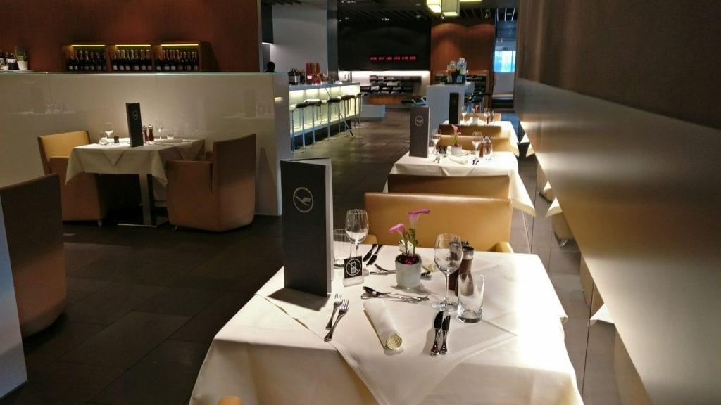 Lufthansa First Class Terminal Frankfurt Restaurant 1